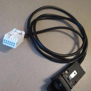 Разъем для подключения AUX к штатным магнитолам VOLKSWAGEN rcd510, rcd310 и другие.